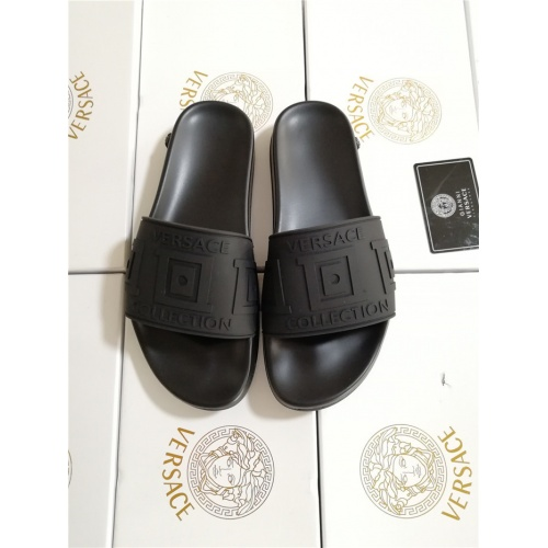 Versace Slippers For Women #752027
