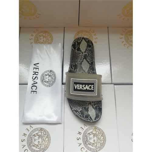 Versace Slippers For Men #752145