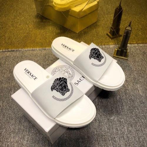 Versace Slippers For Men #752527