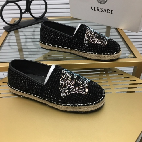 Versace Casual Shoes For Men #752619