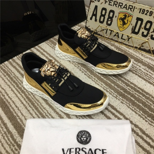 Versace Casual Shoes For Men #752753