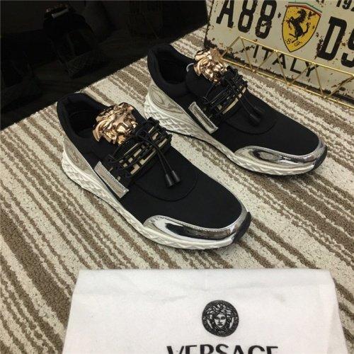 Versace Casual Shoes For Men #752754