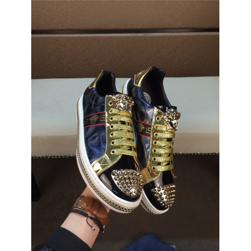 Versace Casual Shoes For Men #752943