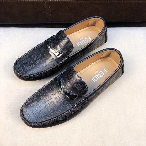 Fendi Casual Shoes For Men #753655