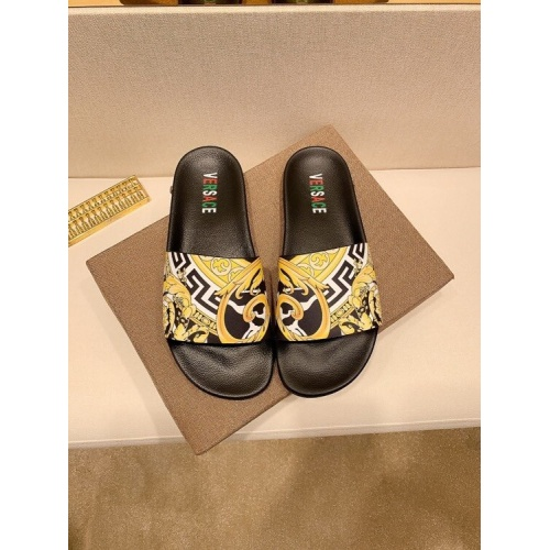 Versace Slippers For Men #753702
