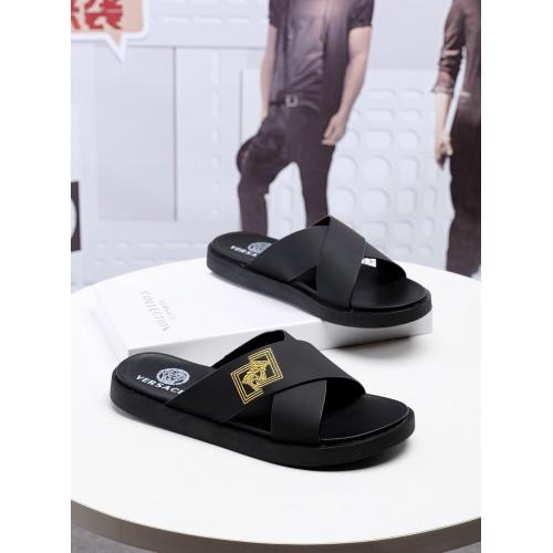 Versace Slippers For Men #753834