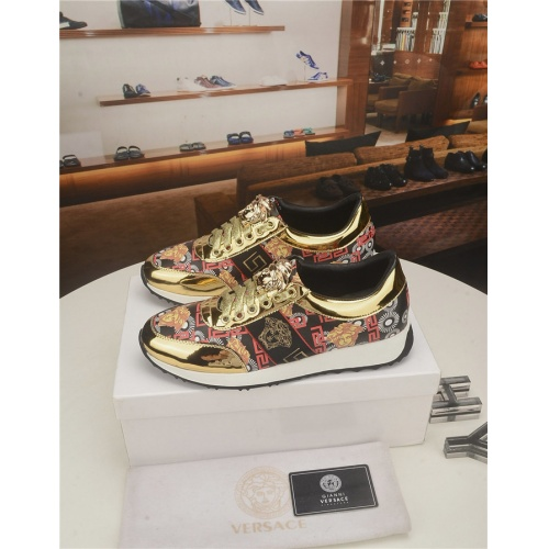 Versace Casual Shoes For Men #754742