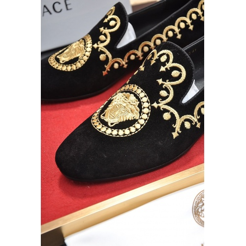 Replica Versace Casual Shoes For Men #755506 $75.66 USD for Wholesale