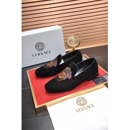 Versace Casual Shoes For Men #755507 $75.66, Wholesale Replica Versace Fashion Shoes