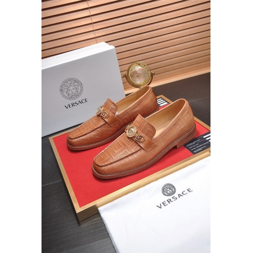 Versace Leather Shoes For Men #755516