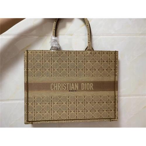 Christian Dior AAA Quality Handbags #755739