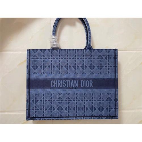 Christian Dior AAA Quality Handbags #755740