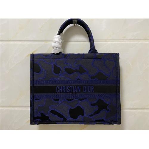 Christian Dior AAA Quality Handbags #755742