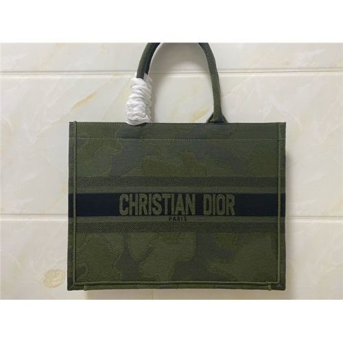 Christian Dior AAA Quality Handbags #755744