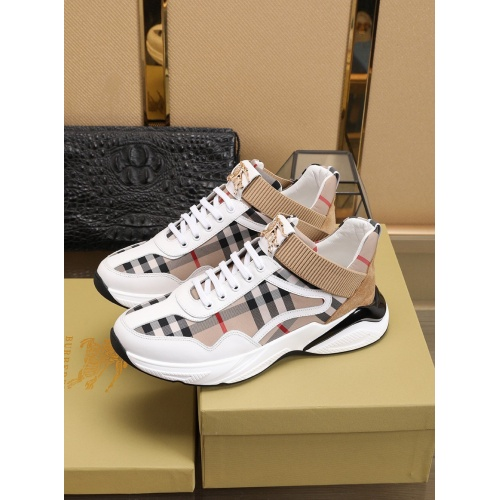 Burberry Casual Shoes For Men #755895