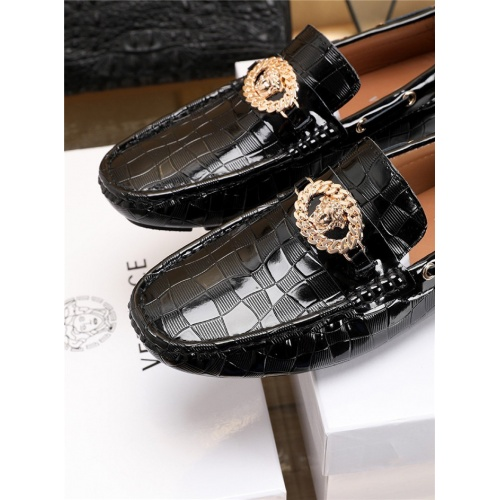 Replica Versace Casual Shoes For Men #756123 $80.51 USD for Wholesale