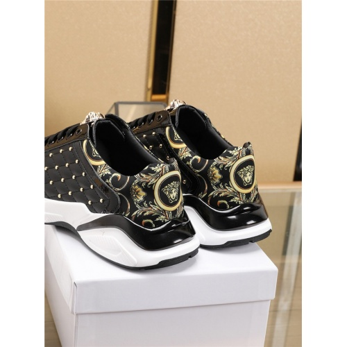 Replica Versace Casual Shoes For Men #756199 $86.33 USD for Wholesale