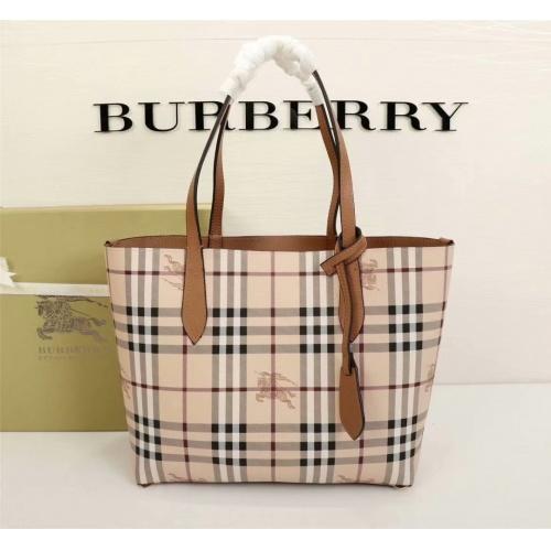 Burberry AAA Quality Handbags For Women #757008