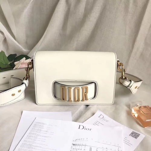 Christian Dior AAA Quality Messenger Bags For Women #757107