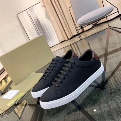 Burberry Casual Shoes For Men #757547