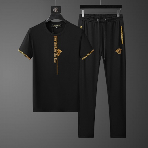 Versace Tracksuits Short Sleeved O-Neck For Men #758028