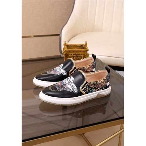 Versace Casual Shoes For Men #758087