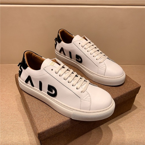 Givenchy Casual Shoes For Men #758362