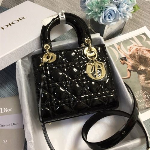 Christian Dior AAA Quality Handbags For Women #758628