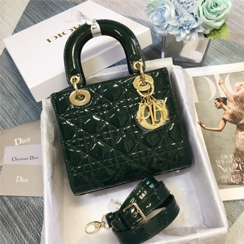 Christian Dior AAA Quality Handbags For Women #758630