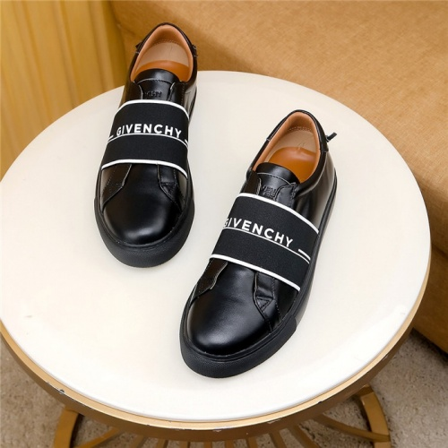 Givenchy Casual Shoes For Men #759958