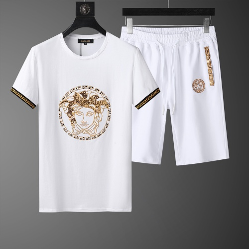 Versace Tracksuits Short Sleeved O-Neck For Men #761005