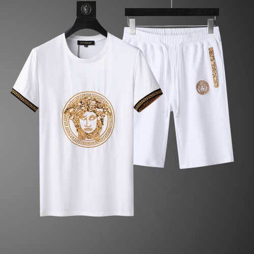 Versace Tracksuits Short Sleeved O-Neck For Men #761011