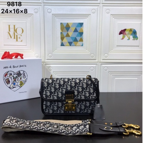 Christian Dior AAA Quality Messenger Bags For Women #761509