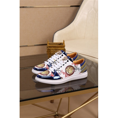 Versace Casual Shoes For Men #761516