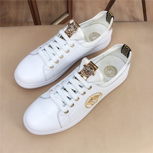 Versace Casual Shoes For Men #761915