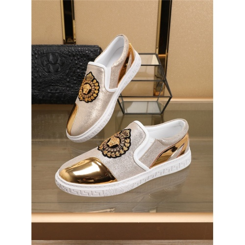 Versace Casual Shoes For Men #763012