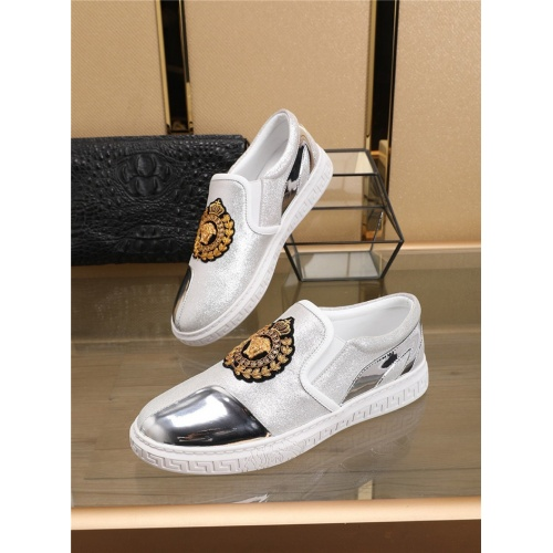 Versace Casual Shoes For Men #763013
