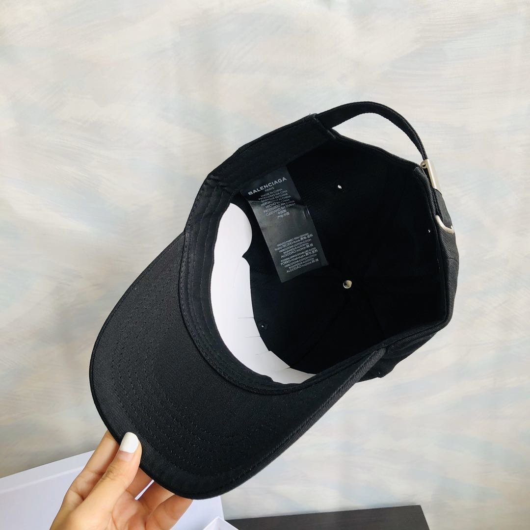 Balenciaga Caps  762373  28 13  Wholesale Replica