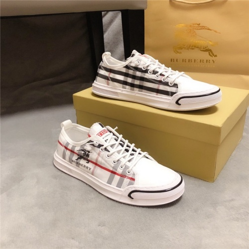Burberry Casual Shoes For Men #763686