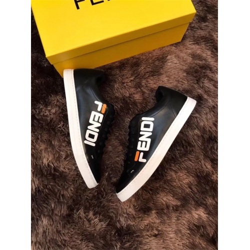 Fendi Casual Shoes For Men #763692