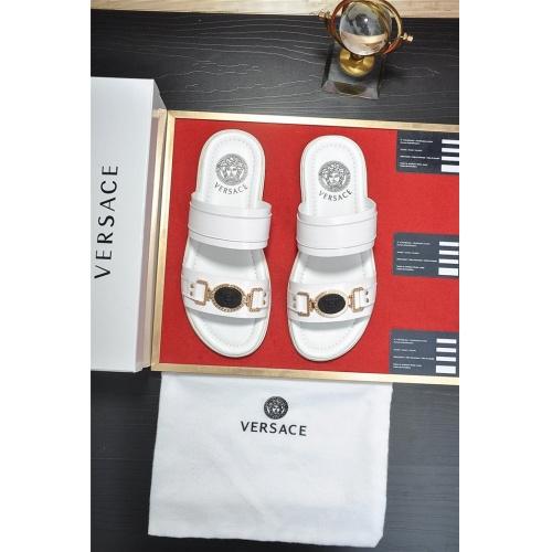 Versace Slippers For Men #763985