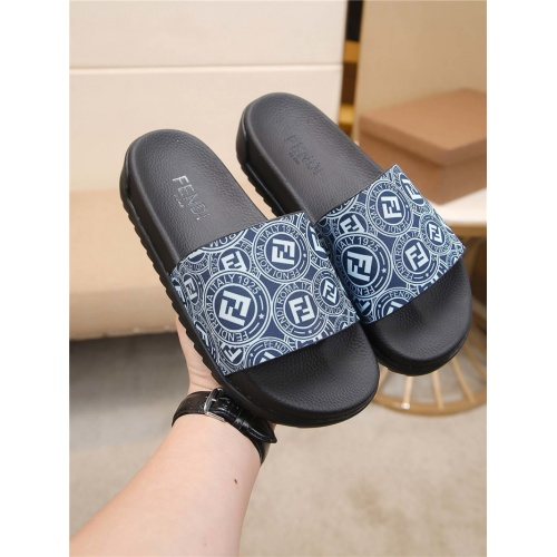 Fendi Slippers For Men #764017