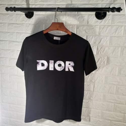 Christian Dior T-Shirts Short Sleeved O-Neck For Men #764596