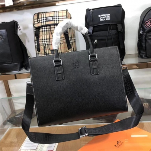 Hermes AAA Man Handbags #765328