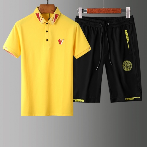 Versace Tracksuits Short Sleeved Polo For Men #765377