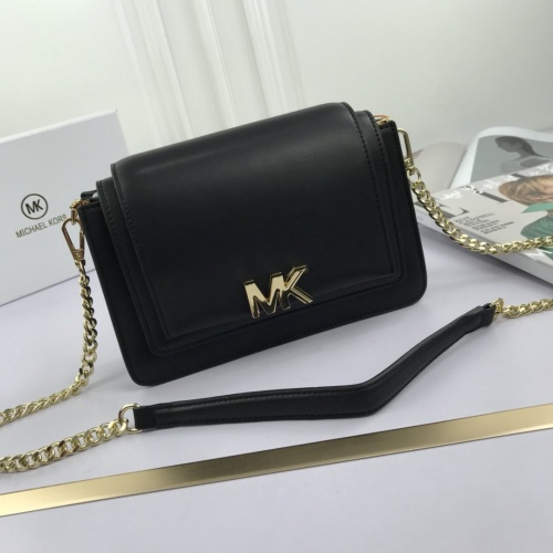 Michael Kors AAA Quality Messenger Bags For Women #765386