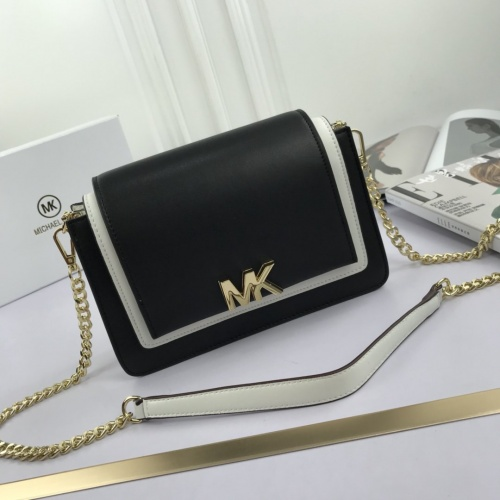 Michael Kors AAA Quality Messenger Bags For Women #765388