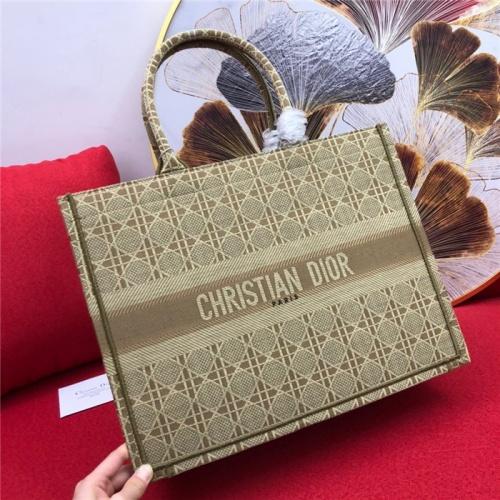 Christian Dior AAA Quality Handbags For Women #765391