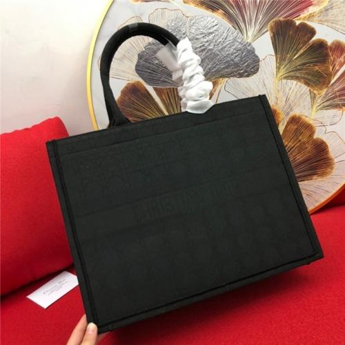 Christian Dior AAA Quality Handbags For Women #765392