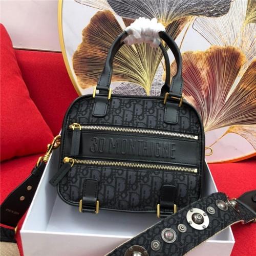 Christian Dior AAA Quality Handbags For Women #765422
